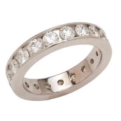 14K White Gold Round Diamond Wedding Band