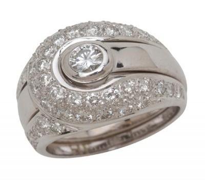 18K White Gold Insert Ring And Pav Diamond Jacket
